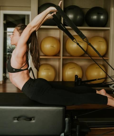 yoga2-home-footer-image-1 (3)